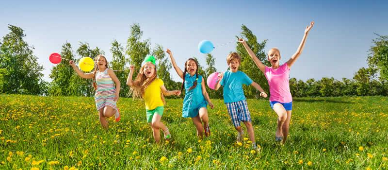 How much sun do children need for healthy bone development?